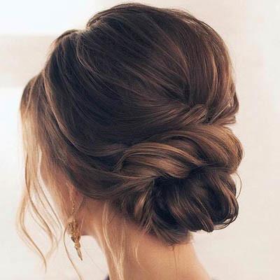 tendance coiffure : le chignon flou