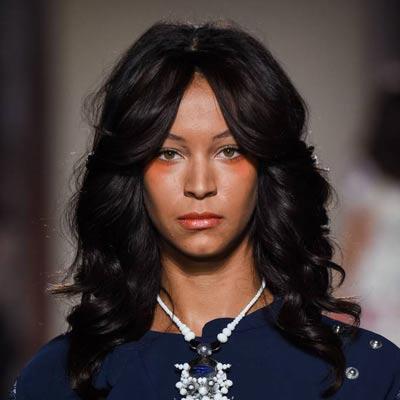 tendance coiffure le brushing Farrah Fawcett